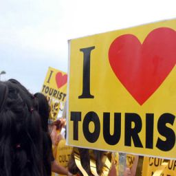 Turisti centro estetico: come acchiappare nuovi clienti nella stagione turistica